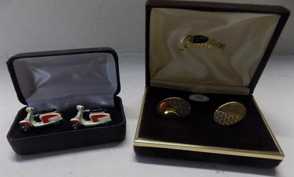 2x Pairs of cuff links