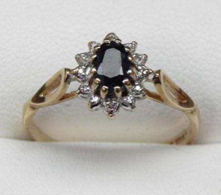 9ct gold diamond and sapphire cluster ring size O1/2