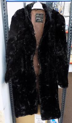 Vintage fur coat-McDonalds of Glasgow