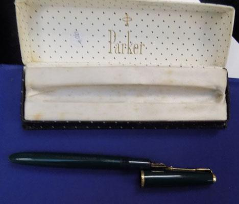 14ct Gold nib Parker pen in box