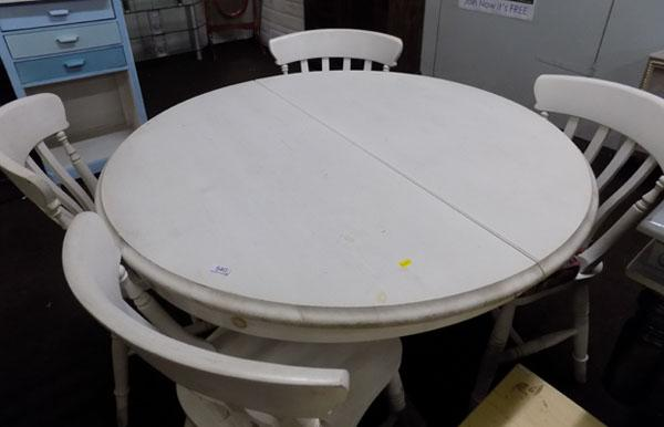 White extending circular table & 4 chairs