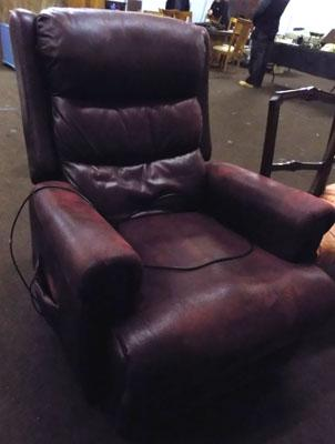 1 red leather rise and recline electric chair