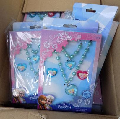 Box of new Frozen jewellery sets
