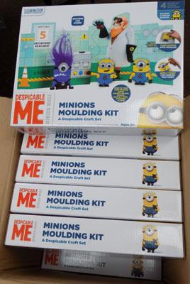 12x Minion moulding sets
