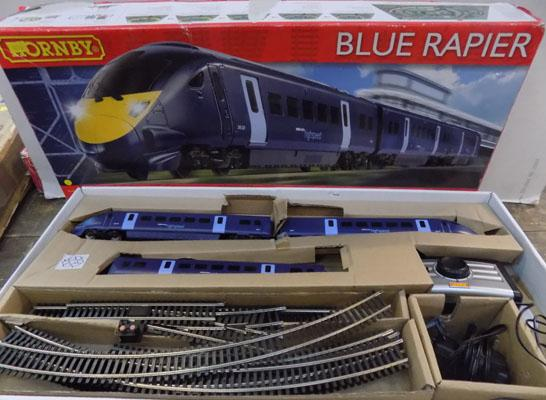 Hornby blue Rapier train set