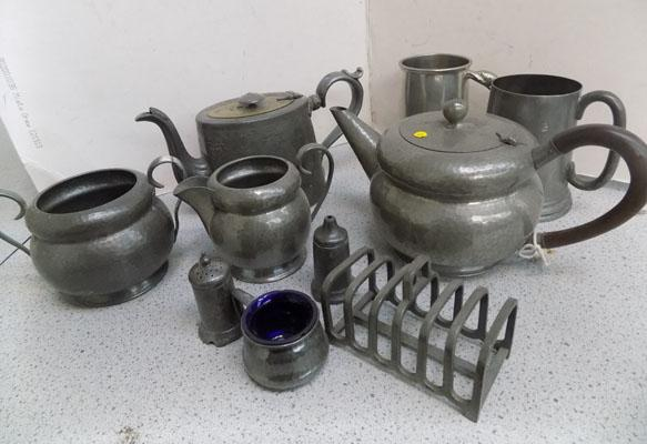 Selection of pewterware