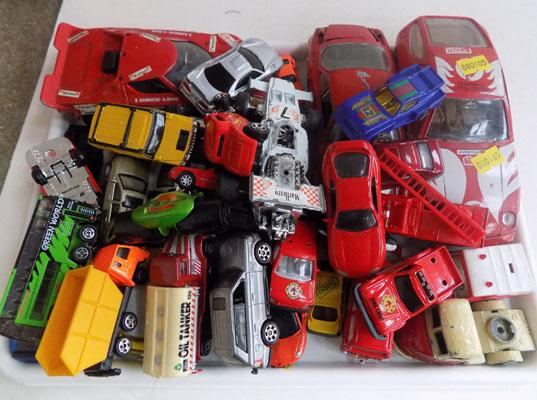 Tray of mixed die cast cars