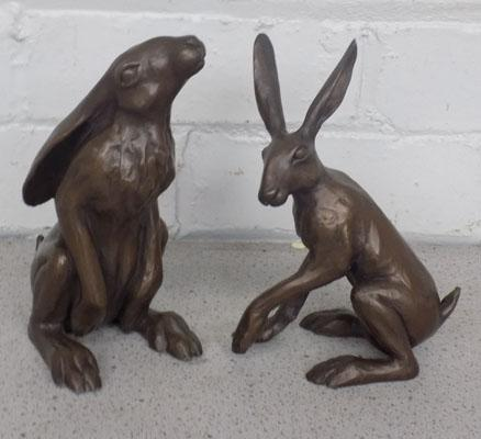 Set of 2 bronze coloured hares
