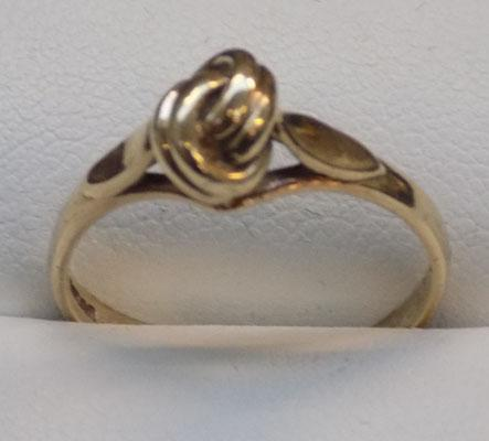 9ct gold unusual love-knot ring, size Q