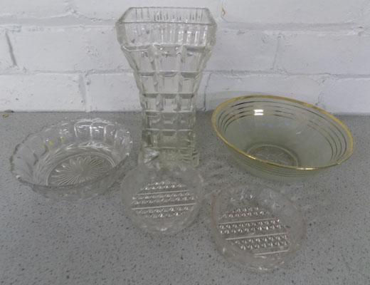 Selection of glassware, inc. Deco style vase