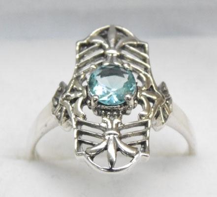 925 Silver blue Topaz vintage style ring size R1/2