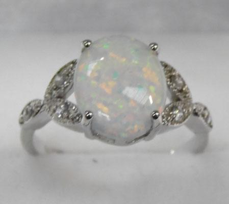 925 Silver & Opal triplet ring size Q
