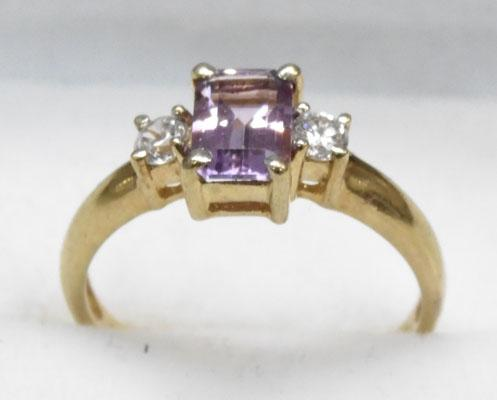 9ct Gold Amethyst trilogy ring size O