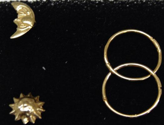 2x Pairs of 9ct Gold ear rings-1 sleepers & 1 Sun & Moon