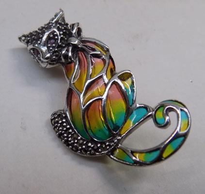 Silver and marcasite cat brooch