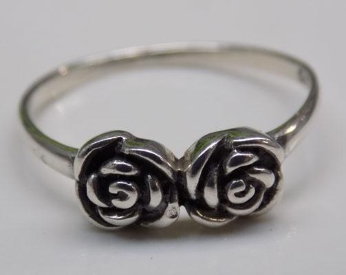 925 Silver twin flower ring