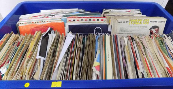 "Box of 7"" EPs/singles - Jazz, Rock, 50s to 80s"