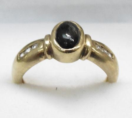9ct Gold Star Sapphire ring size N1/2
