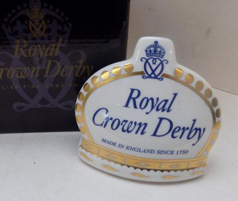 Royal Crown Derby-Crown name stand-Gold stopper