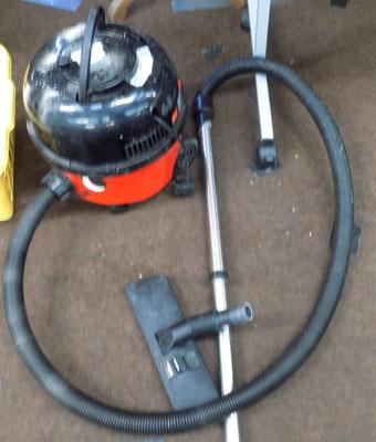 Henry vacuum cleaner W/O