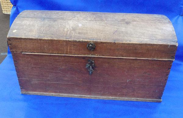 Vintage large wooden gun chest with key