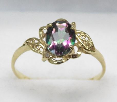 9ct Gold Mystic Topaz ring size P
