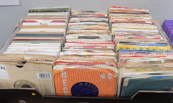 Large box of 1960's singles