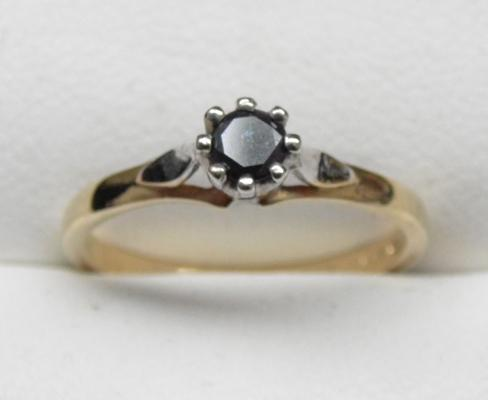 9ct gold 1/4 carat black diamond solitaire ring, size L