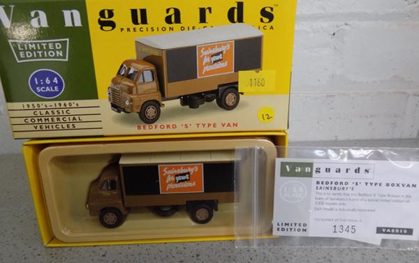 Boxed Vanguard Bedford S type No. VA8010 Ltd Edition & certificate