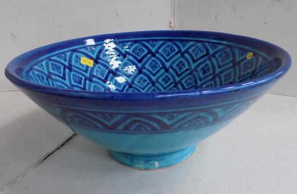 Two tone heavy ceramic bowl