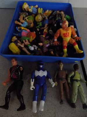 Tray of action figures, incl Ghost Busters