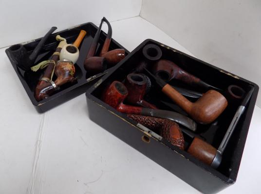 Box of mixed smoking pipes - new & unused