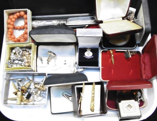 Collection of jewellery, cufflinks, medals etc