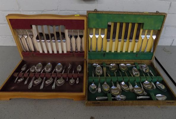 2x Canteens of cutlery in wooden cases