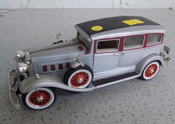 Precision die cast no H506, 1931 Peerless tourer