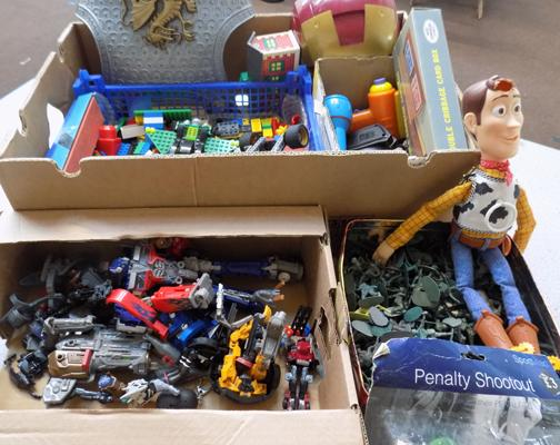 Box of vintage toys inc 200+ soldiers, Lego, Hasbro transformers etc