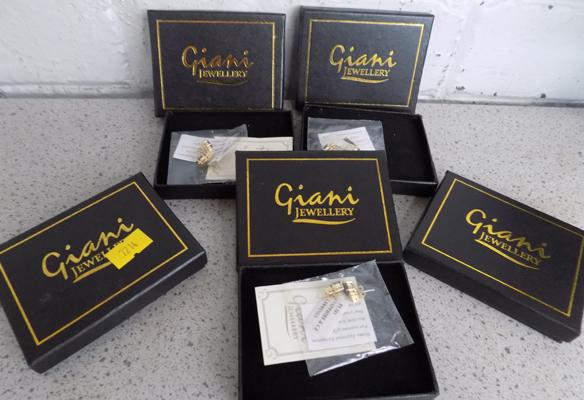 Five Giani pairs of earrings - in box