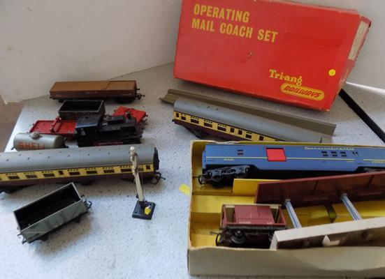 Collection of vintage  Tri-ang Hornby trains & carriages