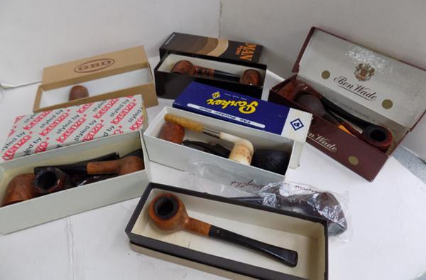 Selection of 14 pipes