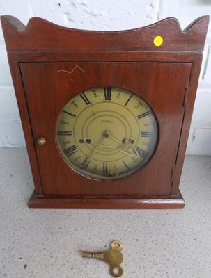 Vintage clock with key (key in office)