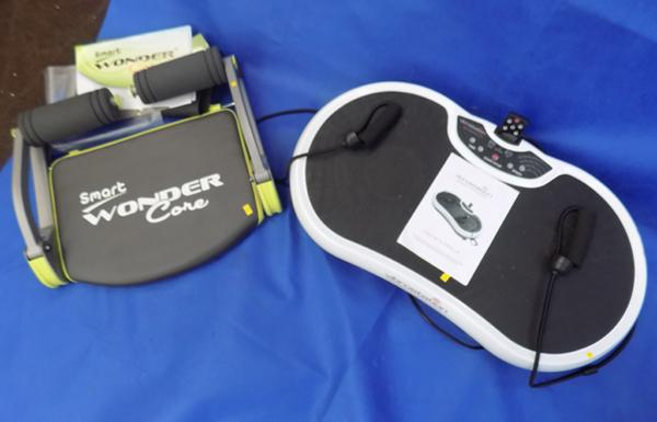 Vibrostation training plate and Smart Wonder Core full body workout