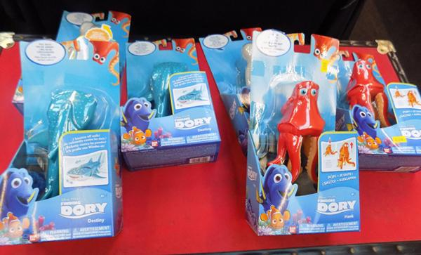 6x Finding Dory feature figure fish