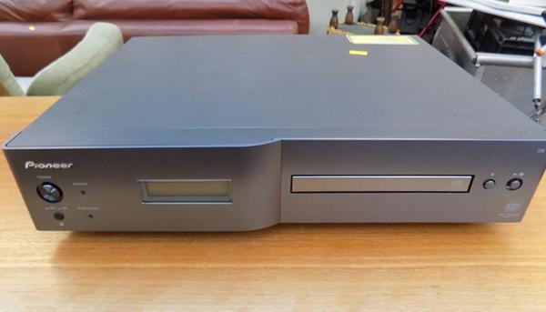 Pioneer CD player PD-D6-J