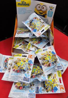 24x Minion mega blocks blind bags