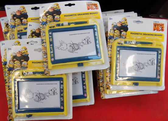 17x Minion magnetic scribbles