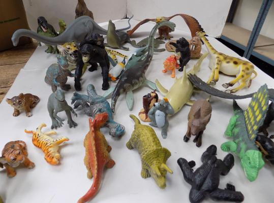 Box of mixed dinosaurs & animals