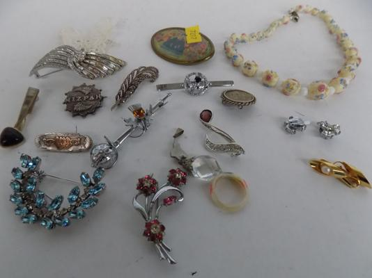Small collection of brooches, earrings & necklace, incl. silver