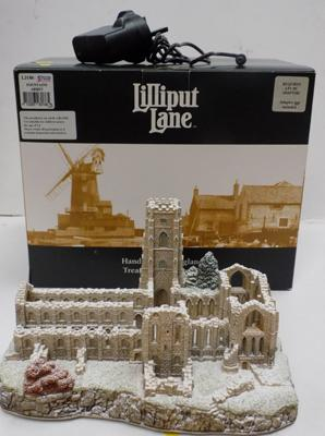 Lilliput lane Fountains Abbey-lit with adapter included, boxed