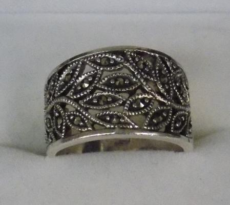 925 silver ring in box
