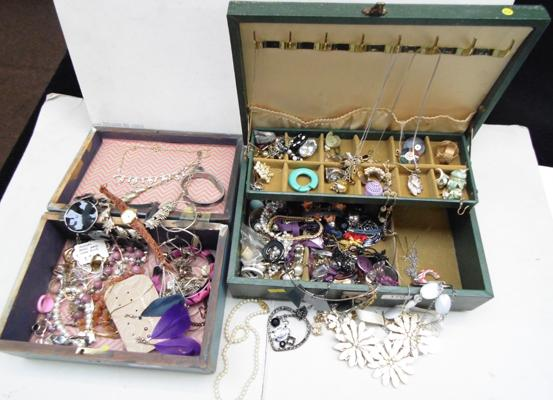 2x Boxes of costume jewellery
